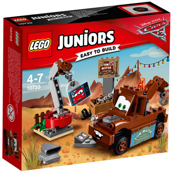 Disney Cars 3 Mater's Junkyard