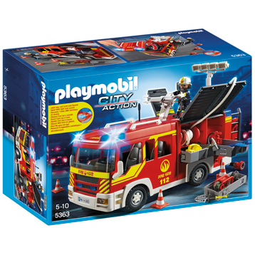 Fire Engine With Lights & Sound